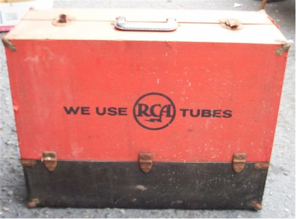 RCA Tube Caddy with Tubes