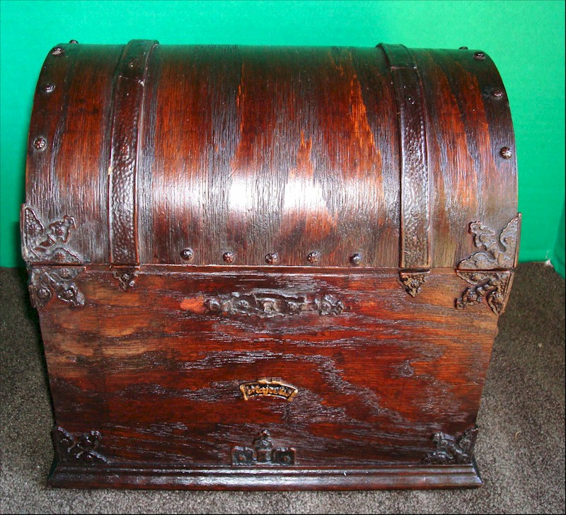 Majestic 381 Treasure Chest