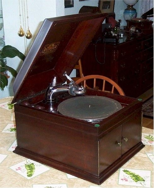 Victor Victrola IX Table Top