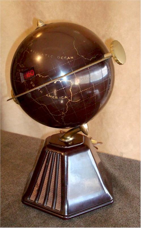 "Colonial 700 ""Mephisto"" New World Globe"