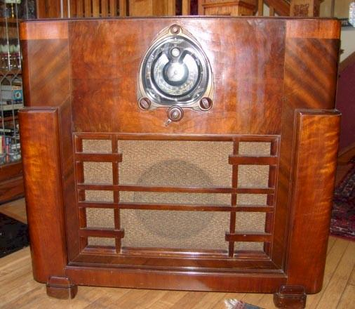 Zenith 12-S-268 Console (1938)