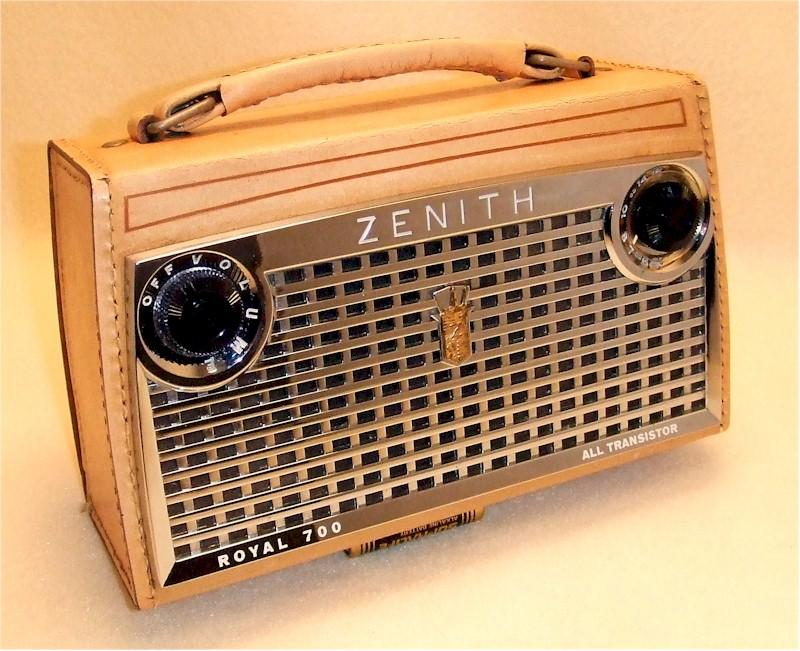 Zenith Royal 700 Portable (1957)