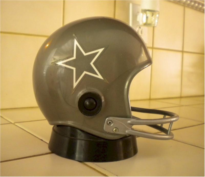 Dallas Cowboys Helmet Radio (1973)
