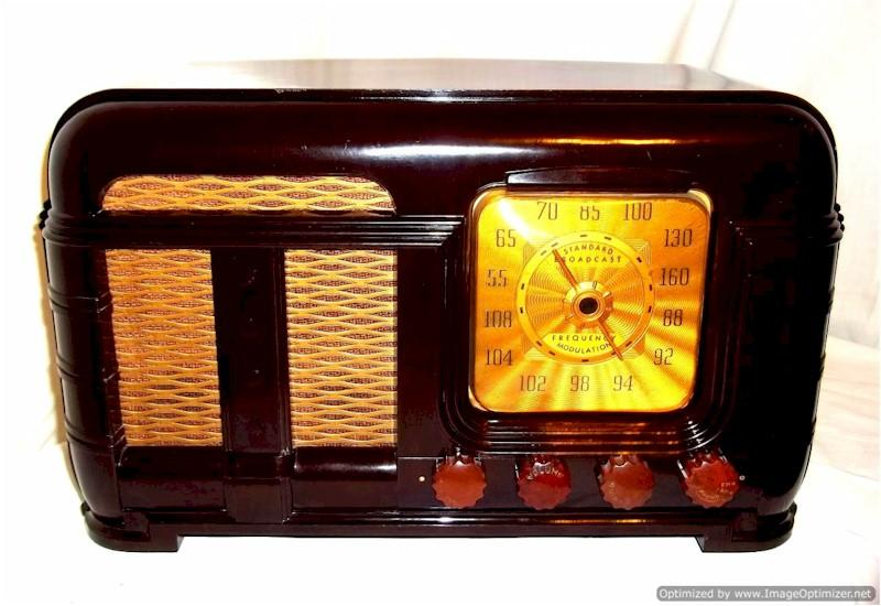 FADA 790 Series B AM/FM (1948)