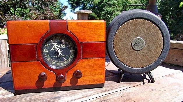 Zenith 4-B-106 Boat and Trailer Radio (1937)