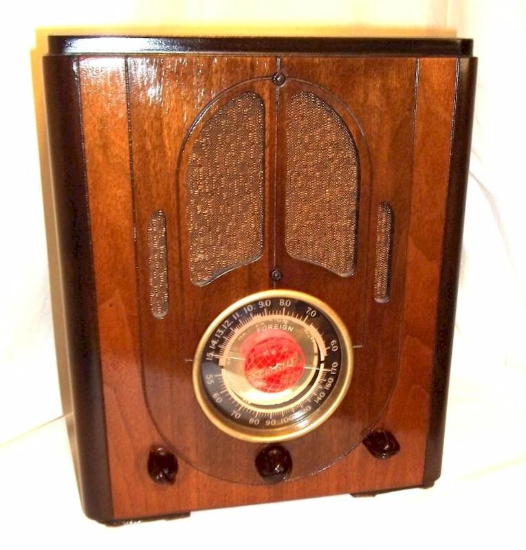 "Crosley 517 ""Fiver"" Tombstone, Early Version (1937)"