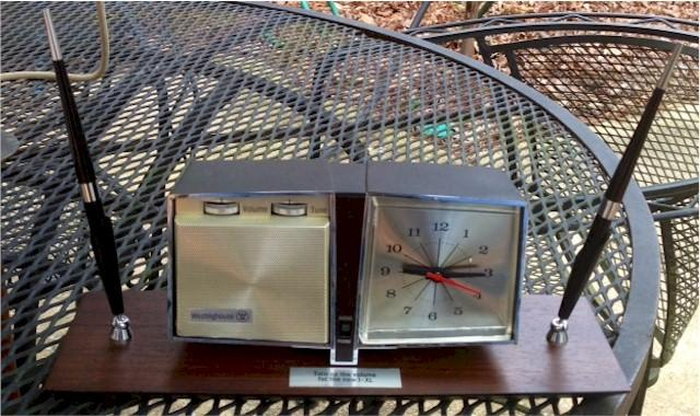 Westinghouse RLA3190 Pen Set Clock Radio