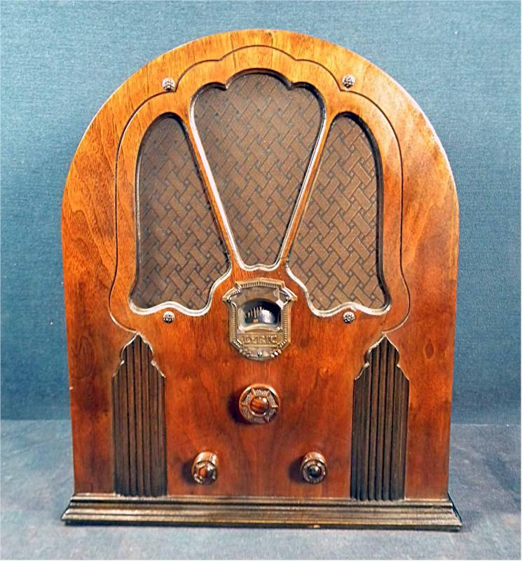 Lyric S-50 Cathedral by Wurlitzer (1933)