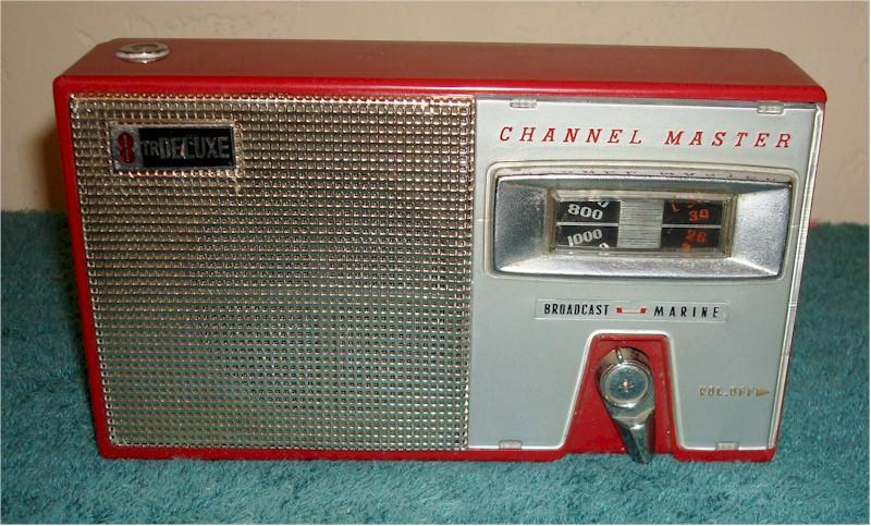 Channel Master 6514 Transistor Radio
