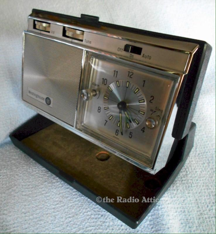 Westinghouse Travel Clock/Radio (1965)