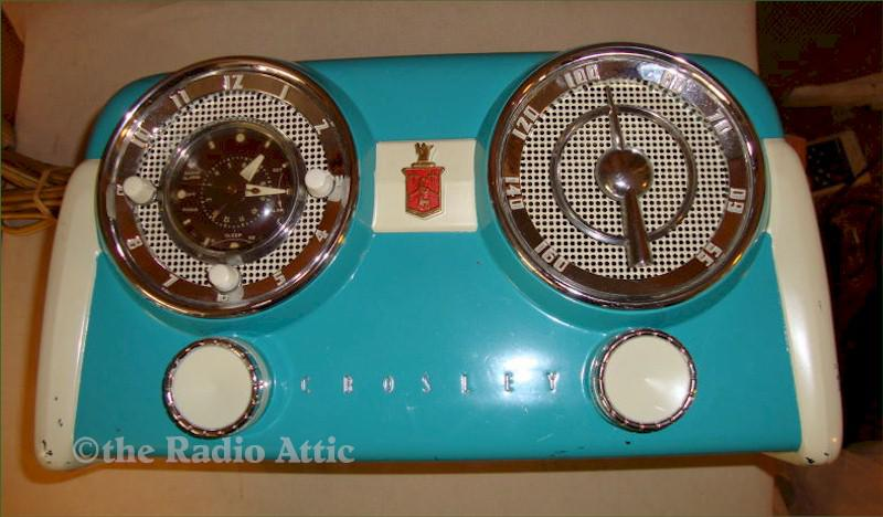 "Crosley D25 ""Dashboard"" Clock Radio"