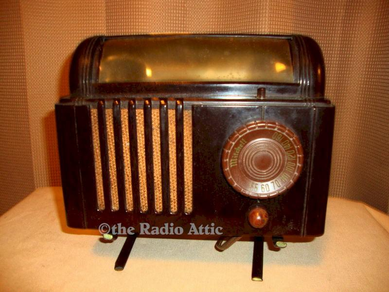 Mitchell Bedlamp Radio