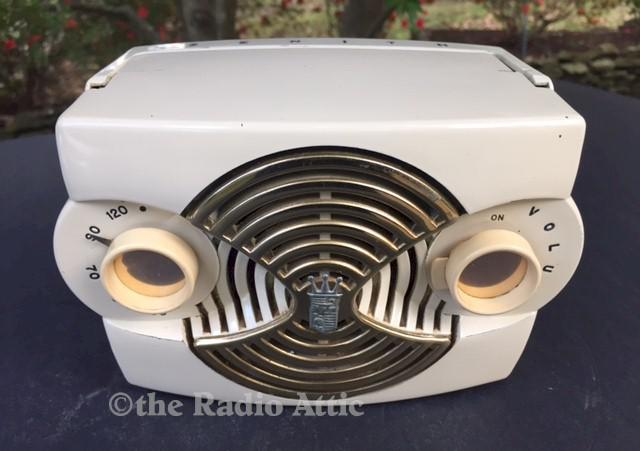 "Zenith K412-W ""Owl Eyes"" Portable (1953)"
