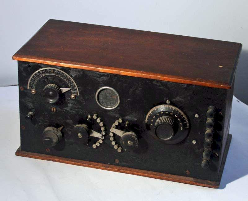 Early One Tube Home Built Battery Radio